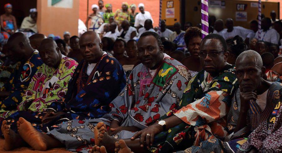 Gbonùgàn, ministres des rois lors des cérémonies funéraires de roi Dedjalagni Agólíagbò, Abomey, Bénin, 2018 / © Jennifer Lorin