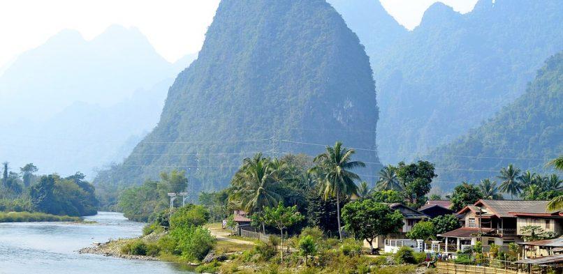 Soutenance de thèse d'Anne Eon – Bouddhisme, engagement social et traitement des maux dans le Laos contemporain